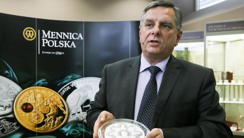 Mennica Polska SA wybiła największą na świecie srebrną monetę z wizerunkiem Jana Pawła II. Waży cztery kilogramy i kosztuje prawie 27 tysięcy złotych.
