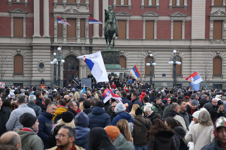 protest Trg Republike