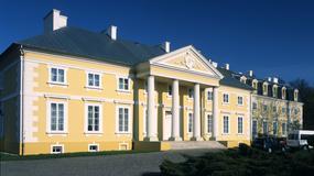 Racot - pałac Jabłonowskich gości filmowców, turystów i miłośników jazdy konnej