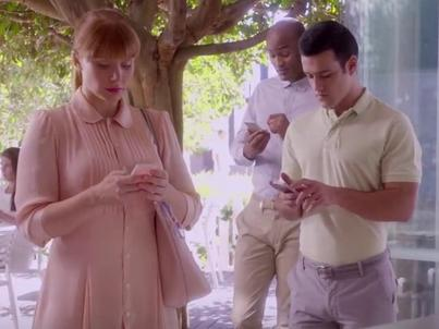 """""""Black Mirror"""" w kilku odcinkach pokazuje, jak media społecznościowe zmieniają naszą rzeczywistość"""