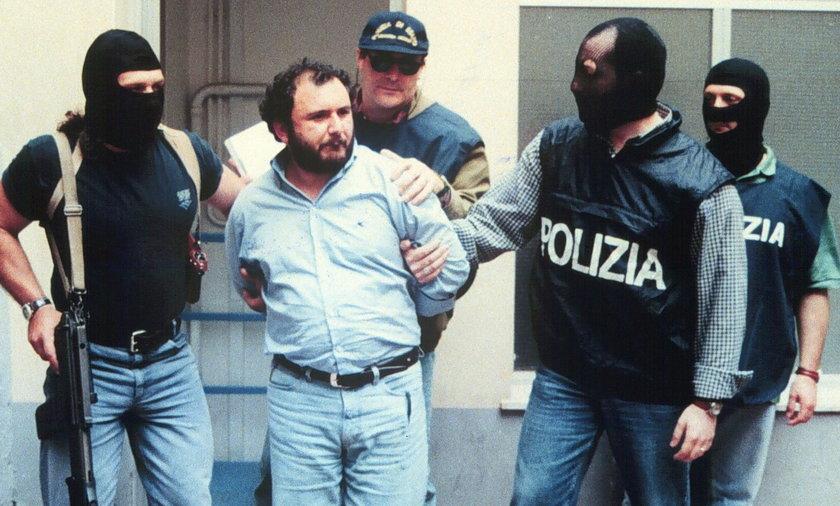 Słynny mafiozo wyszedł na wolność. Rozpuścił dziecko w kadzi z kwasem
