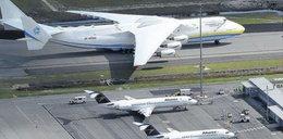 Największy samolot transportowy świata w drodze do Polski! Dostarczy pomoc