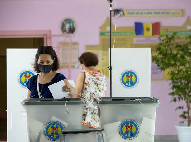 Błyskotliwy sukces wyborczy obozu prozachodniego w Mołdawii.