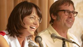 """Wojna płci"": Emma Stone i Steve Carrell na kadrach z filmu"