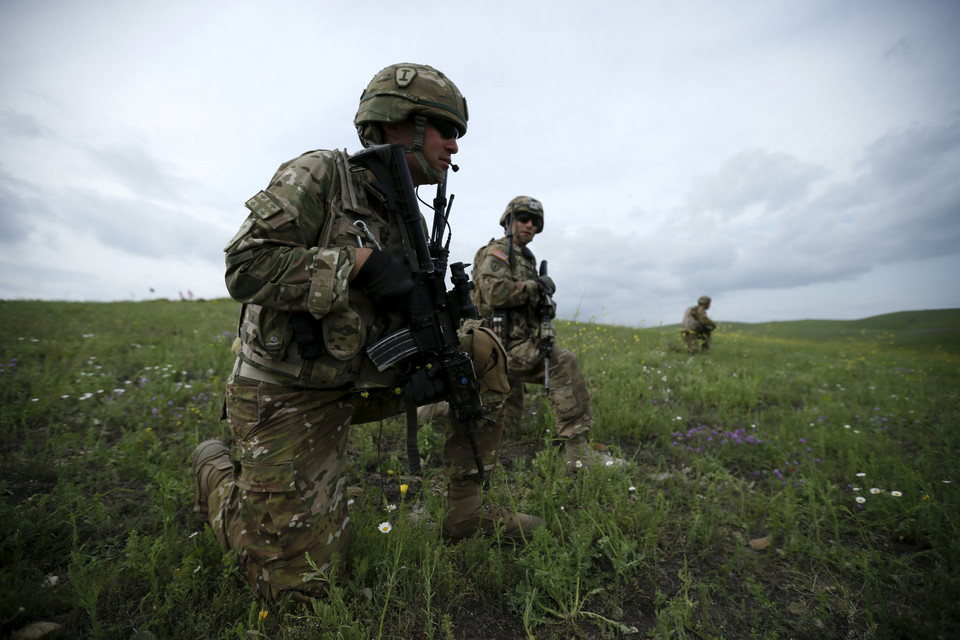 Georgian and U.S. servicemen take part in the joint U.S.-Georgian exercise Noble Partner 2015 at the Vaziani training area outside Tbilisi