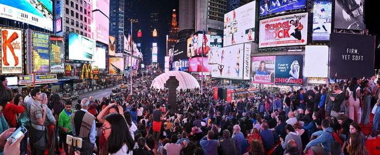 02- USA_New York_Times Square_juzna strana nocu_RAS foto Nebojsa Raus