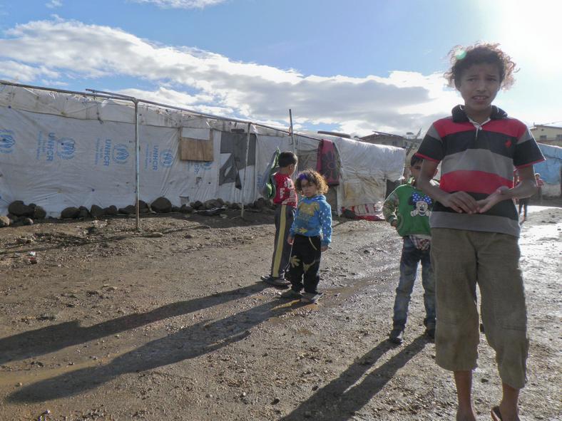 W obozowisku mieszka ponad 200 dzieci