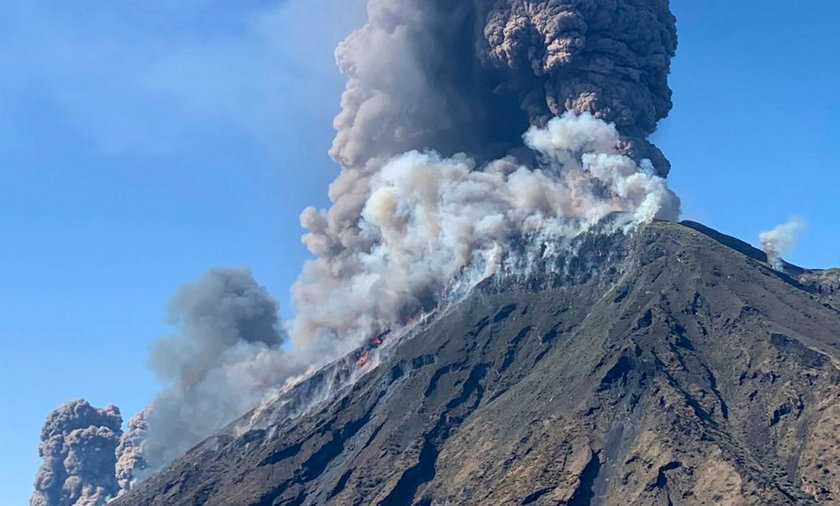 Na włoskiej wyspie Stromboli wybuchł wulkan