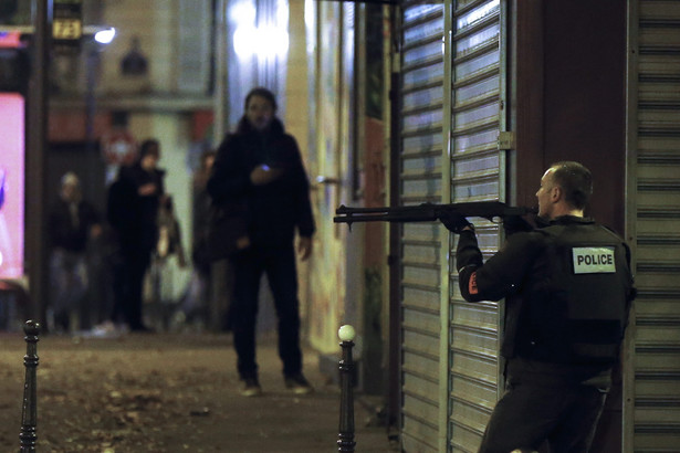 stan wyjątkowy w Paryżu