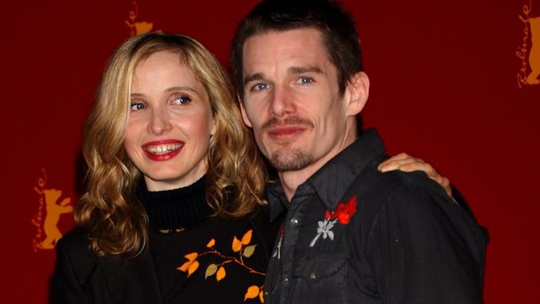 Julie Delpy i Ethan Hawke w 2004 roku