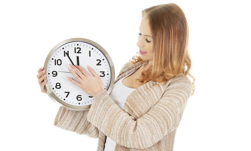 Zmiana czasu 2021. Kiedy przestaniemy przestawiać zegarki?