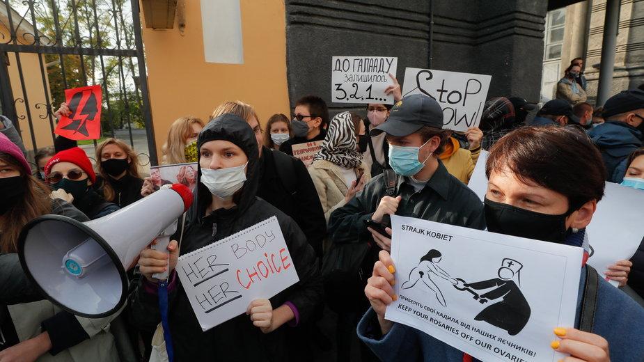 Aborcja. Protesty przeciwko decyzji TK