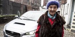 Pani Michalina ma 81 lat i jedździ subaru