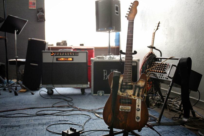Lance - Barncaster, czyli gitara z drewna starej stodoły