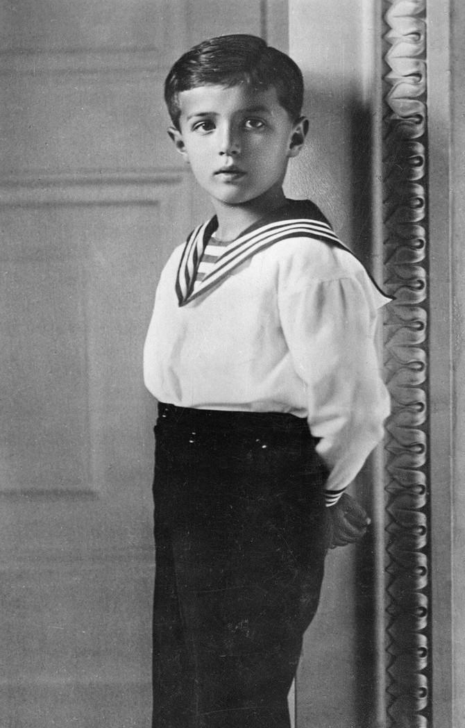 Naslednik ruskog prestola Aleksej, prapraunuk kraljice Viktorije, bolovao je od hemofilije