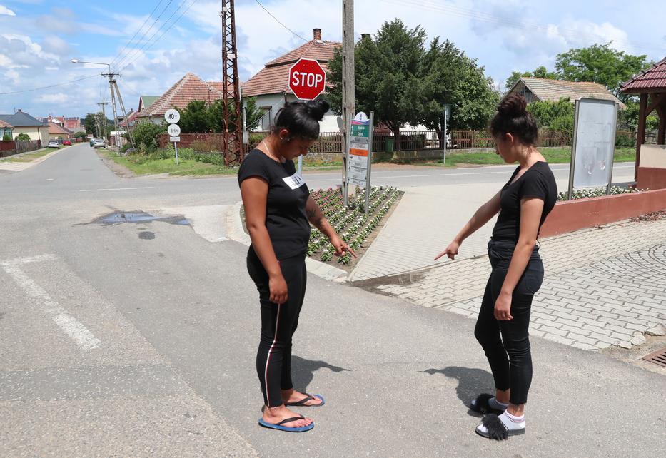 Itt történt a szörnyű baleset, Nórin már nem lehetett segíteni a gázolás után. / Fotó: Pozsonyi Zita
