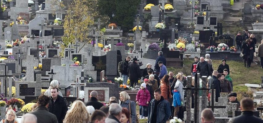 Obowiązek maseczek na cmentarzach? Jasna deklaracja ministra zdrowia