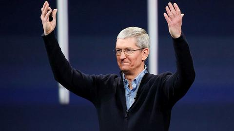 Tim Cook, CEO Apple'a