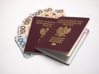 Czy tarcza antykryzysowa pozwala wydłużyć termin zwrotu pieniędzy klientom biur turystycznych?