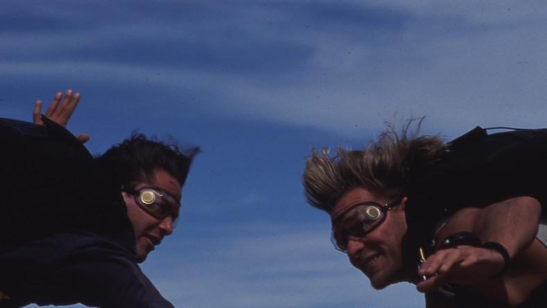 Keanu Reeves i Patrick Swayze znów na wysokiej fali