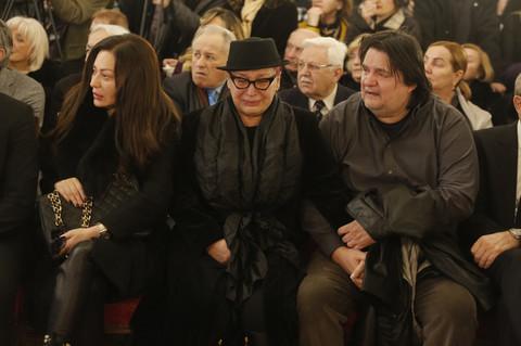 """Zorica je dirljivim govorom o kumu Šabanu rasplakala sve: """"Sa kim ću sada da pevam?"""" VIDEO"""