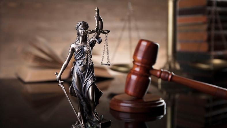 młotek, sąd, Temida, sprawiedliwość