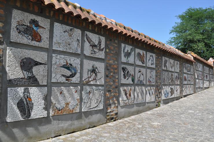 Mozaik na zidu ZOO vrta
