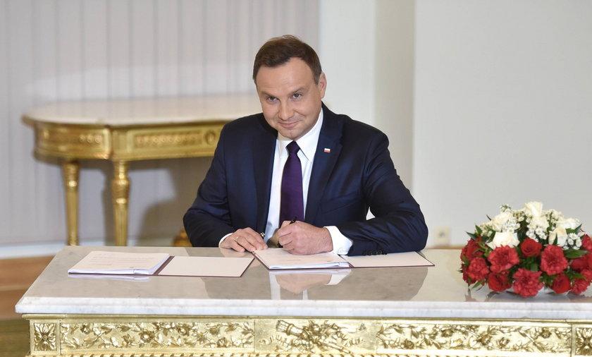 Prezydent podpisał PiS-owską ustawę o Trybunale
