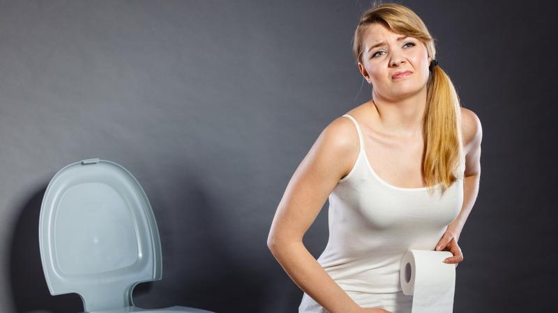 Az inkontinencia legfőbb tünete, hogy gondot okoz a vizelet visszatartása.
