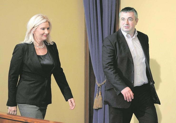 """""""Ruski čovek"""" i interesi Srbije: Zorana Mihajlović i Dušan Bajatović"""