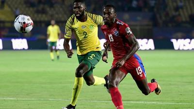 Onyango, Shalulile star as Sundowns beat Chiefs to go top
