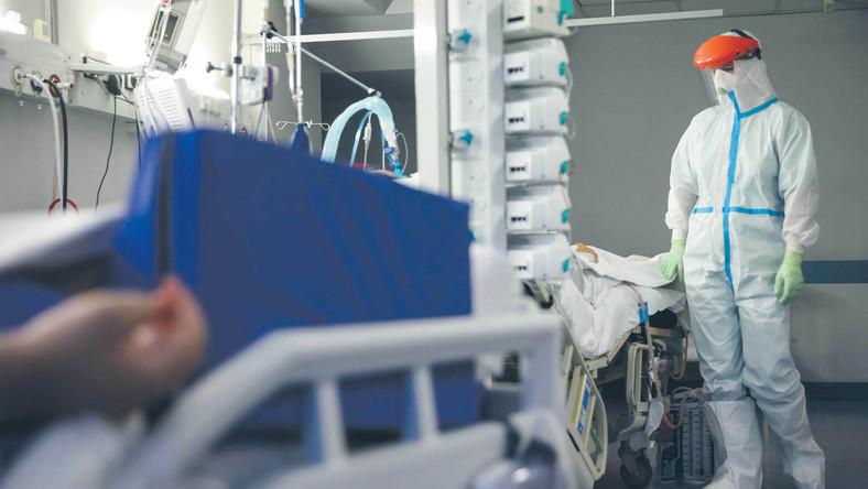 Zachorowania na COVID-19 zwiększyły zapotrzebowanie na tlen i ujawniły potencjalne kłopoty z zaopatrzeniem w ten gaz szpitali