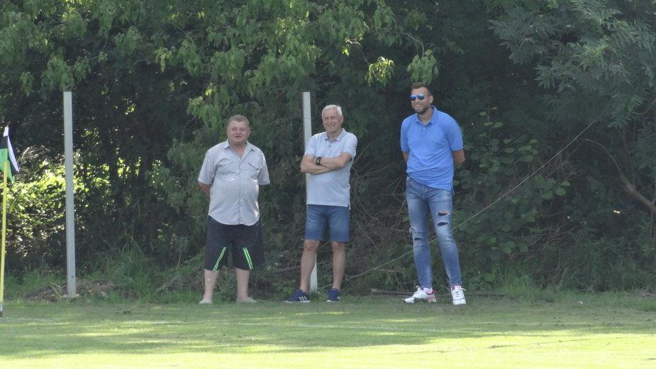 Grzegorz Kmiecik w ostatnich dniach obserwował wraz z ojcem ekipę Węgrzcanki podczas pucharowego meczu z LKS Czarnochowice.