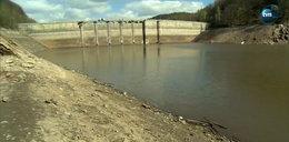 Spuścili wodę z jeziora. Ukazała się wieś sprzed 100 lat