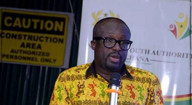 Mr Emmanuel Sin-Nyet Asigri