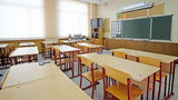 Podkarpacie wprowadza obostrzenia w szkołach! Dzieci mają nosić przyłbice