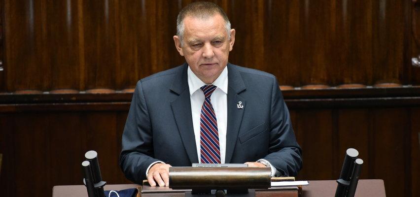 """Marian Banaś uderza w premiera i powiadamia prokuraturę. Mówi o złamaniu prawa przy organizacji tzw. """"wyborów kopertowych"""""""