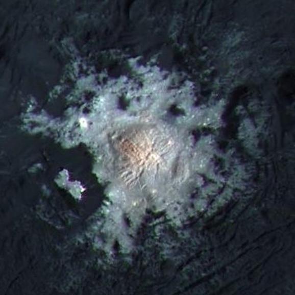 Ceres je pun leda