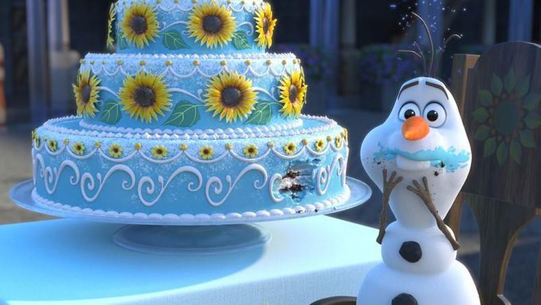 """W krótkim filmie zatytułowanym """"Gorączka lodu"""" (""""Frozen Fever"""") pojawią się wszyscy główni bohaterowie wielkiego przeboju z 2013 roku"""