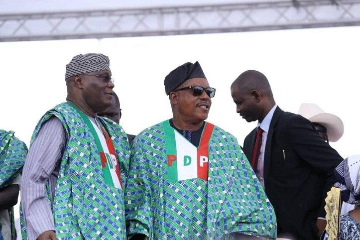 PDP presidential candidate, Atiku Abubakar, with the party's national chairman, Uche Secondus