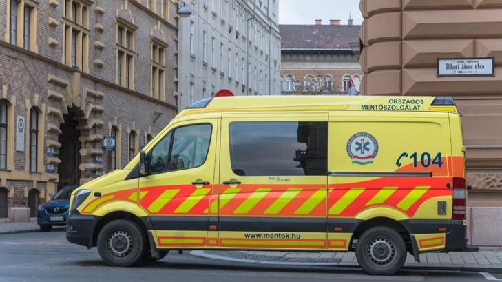 Titokzatos jótevő fizette ki egy mentőtiszt és gyermekei ebédjét / Fotó: MTVA/Bizományosi: Faludi Imre
