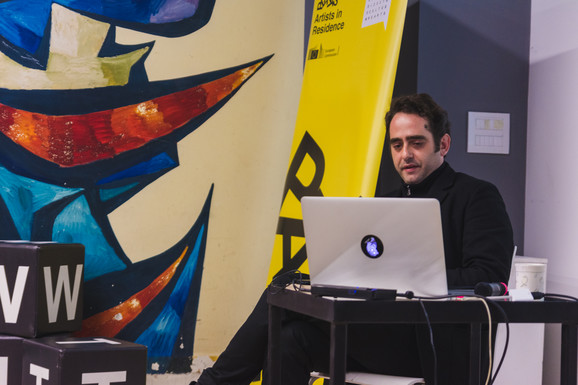 Grčki umetnik je predstavio detalje istraživanja u Novom Sadu