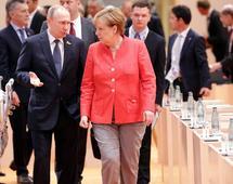 Angela Merkel i Władimir Putin na szczycie G20 w lipcu 2017 roku