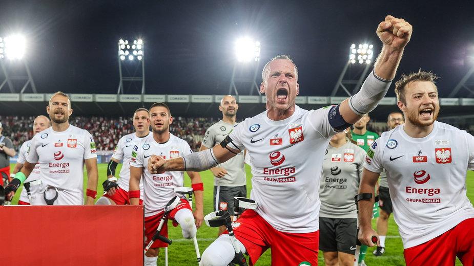 Polacy cieszą się z wygranej