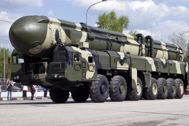 Rosyjskie rakiety Topol