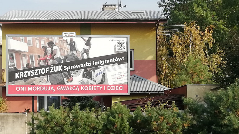 Billboard o imigrantach