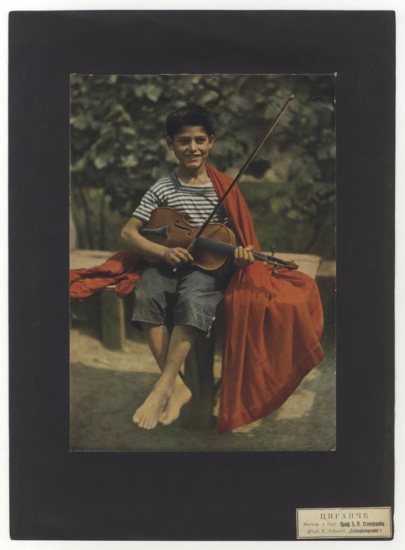 Ciganče sa violinom