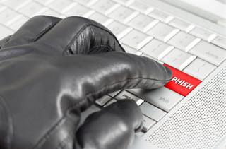 Znana kancelaria prawna padła ofiarą hakerów. Wyciekły dane