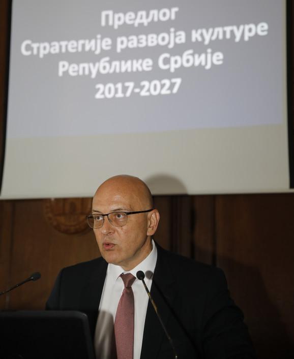 Vladan Vukosavljević na jednoj od javnih rasprava o Predlogu strategije razvoja kulture