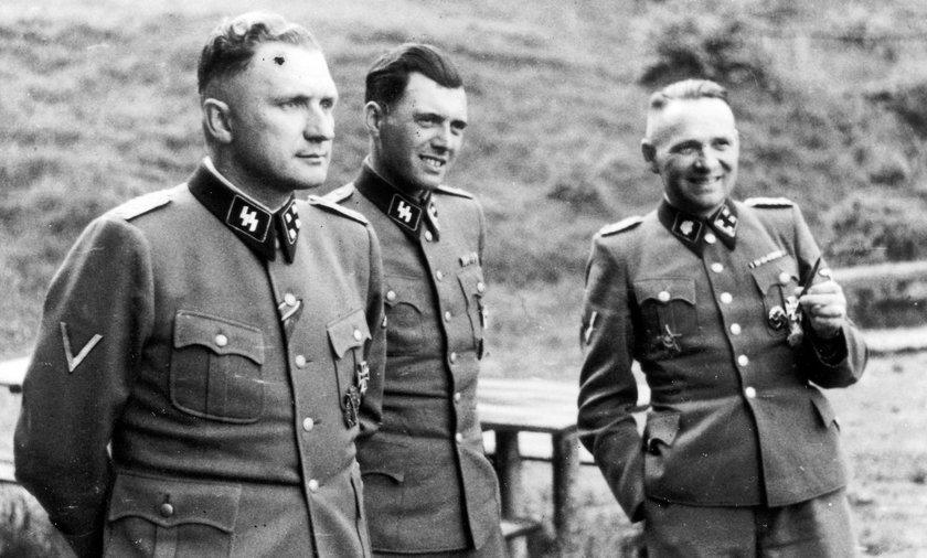 Nazistowskie elity w Auschwitz. Od lewej Richard Ber, Josef Mengele  i Rudolf Hoess.